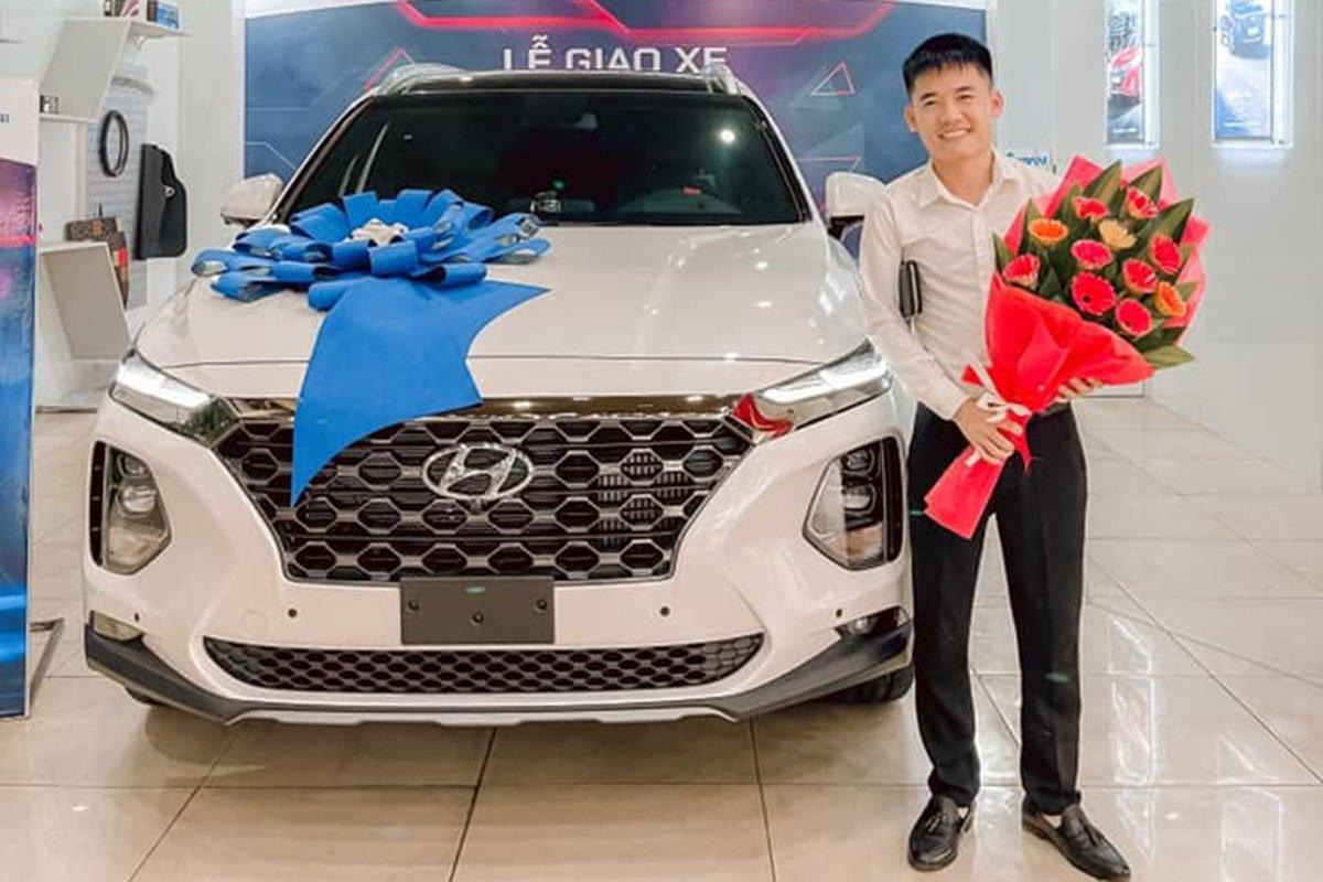 Muốn đổi Hyundai Santa Fe 2021, con trai bà Tân Vlog bán xe vừ mua với chạy hơn 3.000 km a1