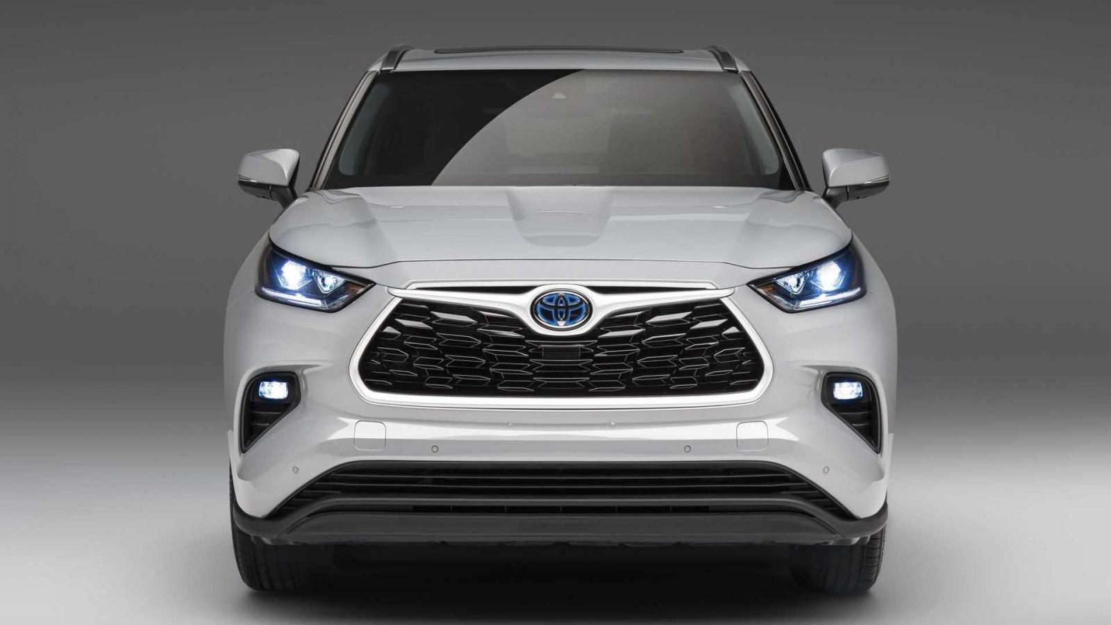 Toyota Highlander 2022 Bronze Edition sở hữu bộ trang bị cao cấp.