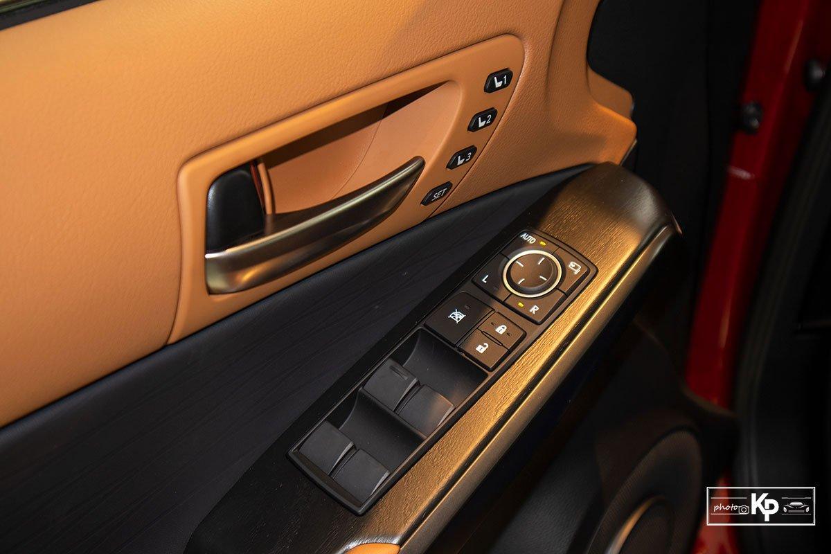 nội thất Lexus IS3.