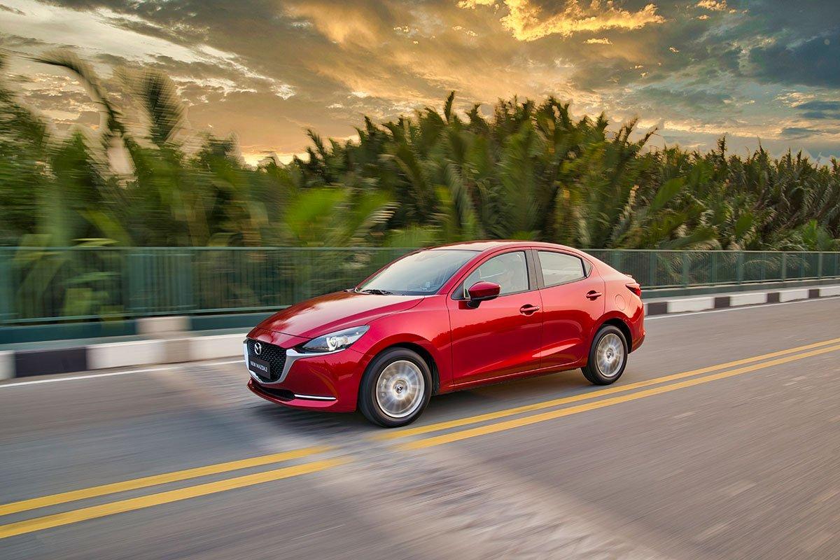 Mazda 2 2019.