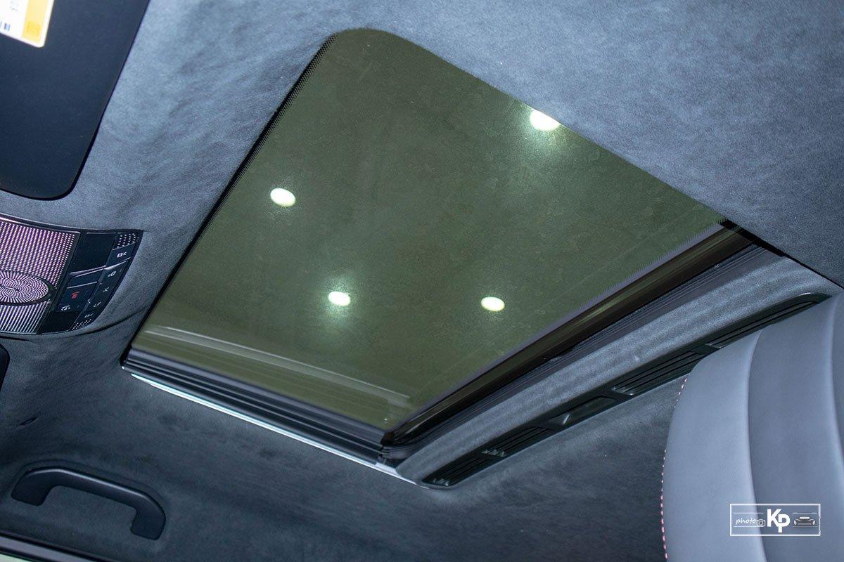 ảnh Cửa sổ trời xe Mercedes-AMG G63 2021