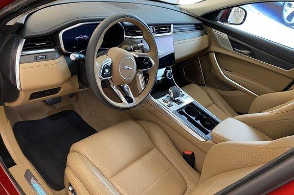 Khoang nội thất Jaguar XF 2021 có nhiều điểm mới ấn tượng 1