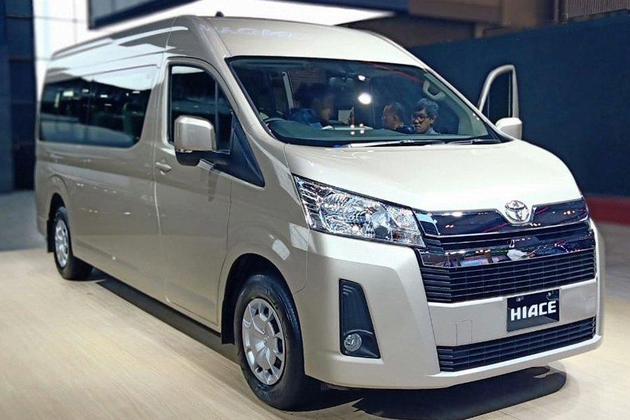 Toyota Hilux cũng sắp lắp ráp tại Việt Nam - Ảnh 1.