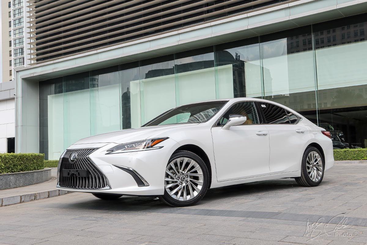 Giá xe Lexus ES 2021 mới nhất