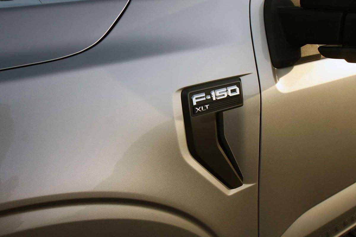 Ảnh Mang cá xe Ford F-150 2021