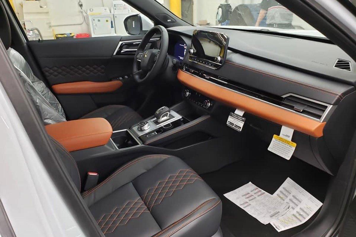 Ảnh thực tế Mitsubishi Outlander thế hệ mới tại đại lý: Quá đẹp, thay đổi đáng giá để thách thức CR-V, CX-5 a5