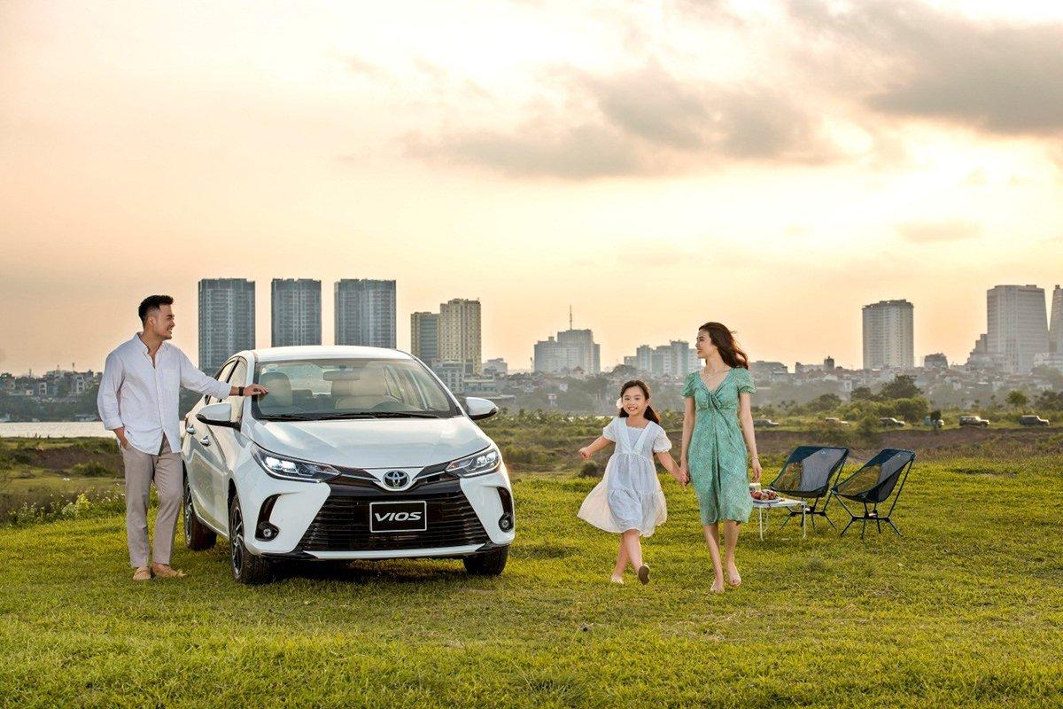 Toyota Vios nhận ưu đãi phí trước bạ đến hết tháng 8.