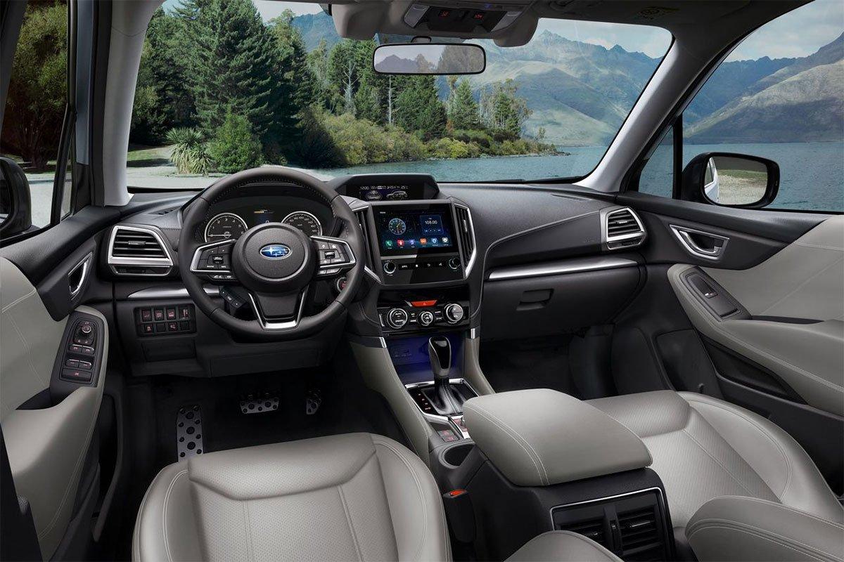 Subaru Forester trang bị nhiều tính năng an toàn.