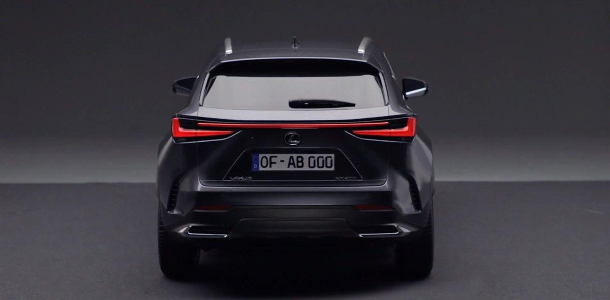 Lexus đã đăng ký cái tên NX450h cho một chiếc xe phát triển trên nền tảng PHEV.