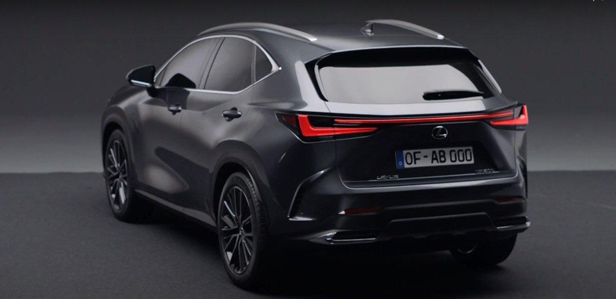Đối thủ của NX 2022 sẽ là BMW X3, Mercedes GLC và Cadillac XT4.