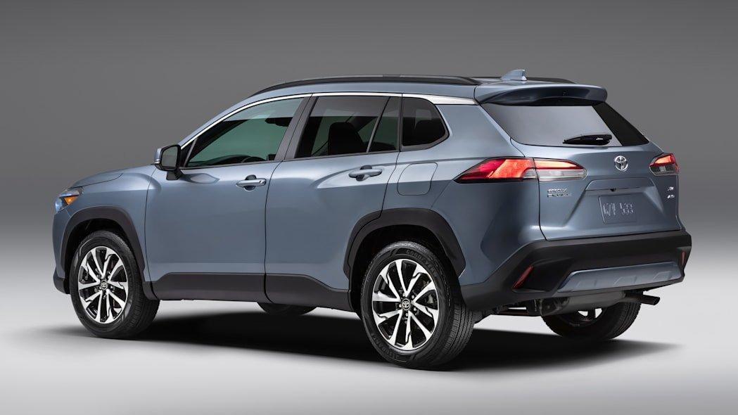 Toyota Corolla Cross 2022 mới trang bị động cơ 2.0L.