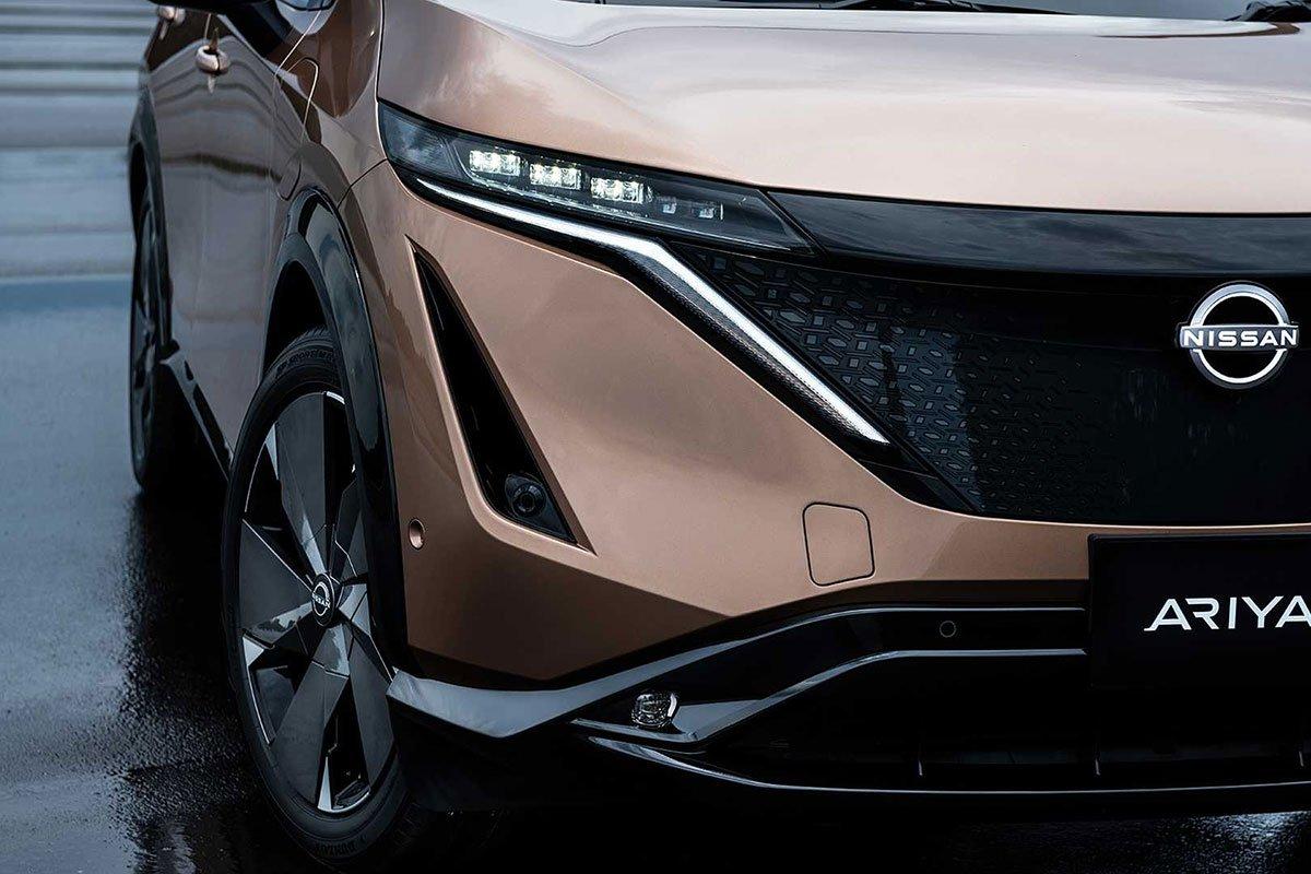 Ảnh Đèn pha xe Nissan Ariya 2021