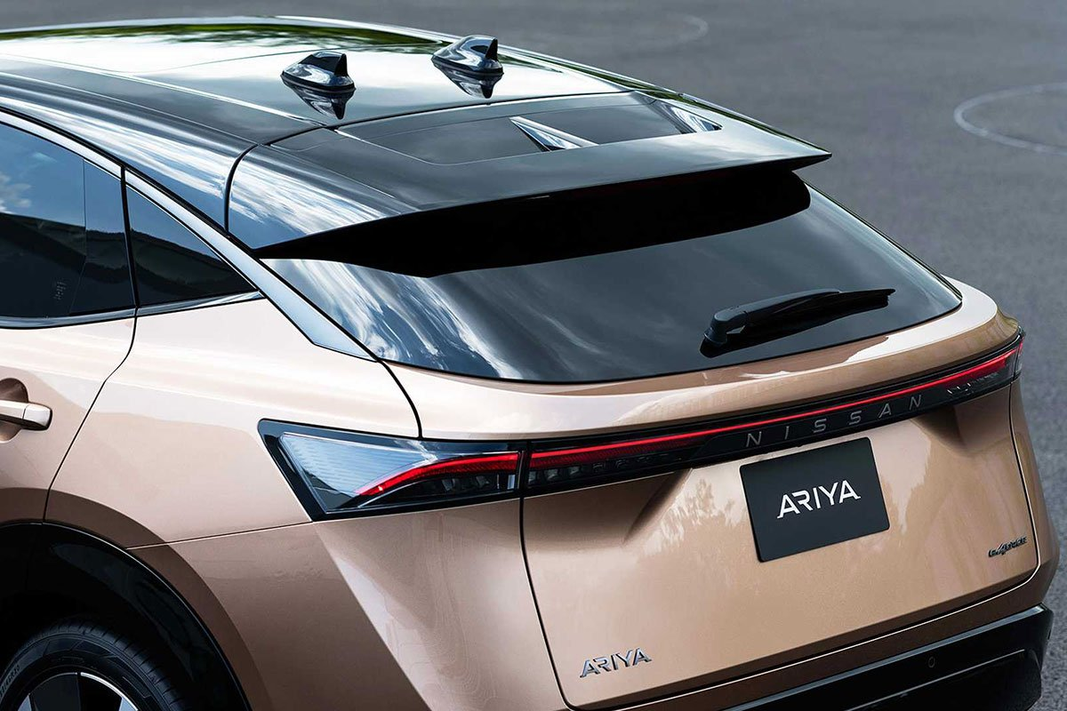 Ảnh Nóc xe Nissan Ariya 2021