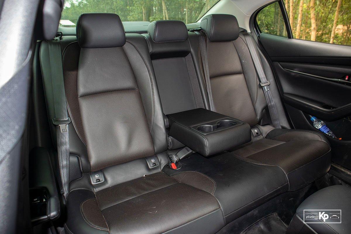 Ưu nhược điểm Mazda 3 2021: Đâu là lý do bị Kia Cerato vượt mặt? a7