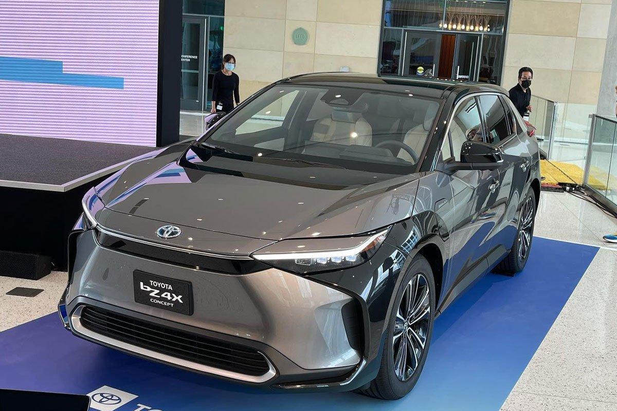 Ảnh thực tế Toyota bZ4X, chưa thấy chiếc xe Toyota nào đẹp thế này! a2
