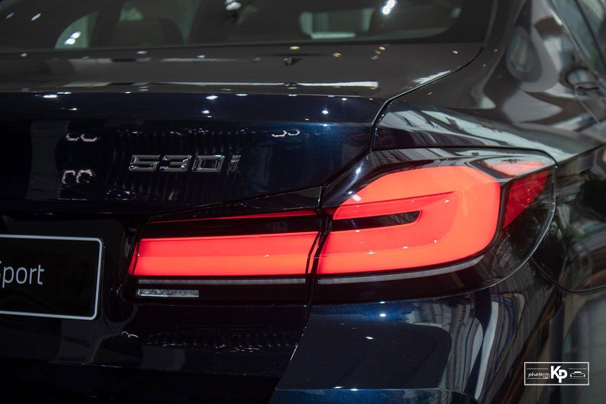 Ảnh thực tế BMW 530i M-Sport 2021 tại đại lý Việt Nam, giá gần 3,3 tỷ đồng a12