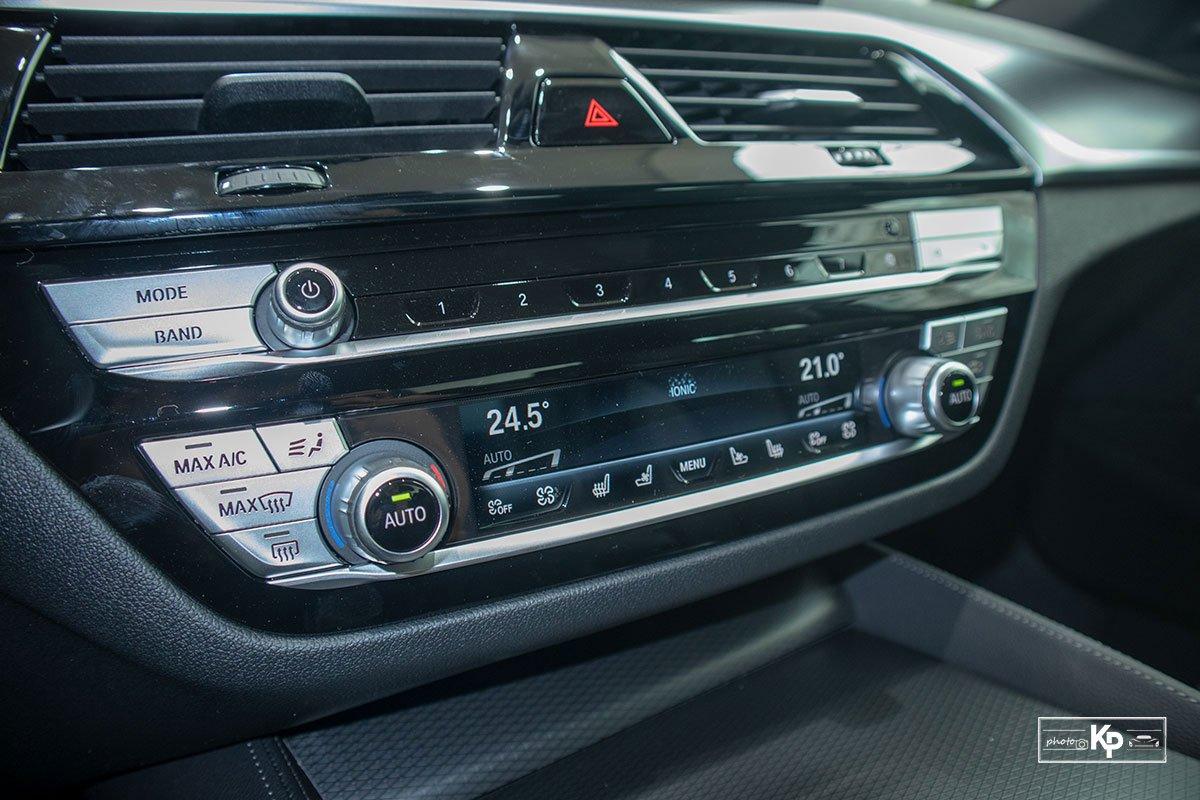 Ảnh thực tế BMW 530i M-Sport 2021 tại đại lý Việt Nam, giá gần 3,3 tỷ đồng a24