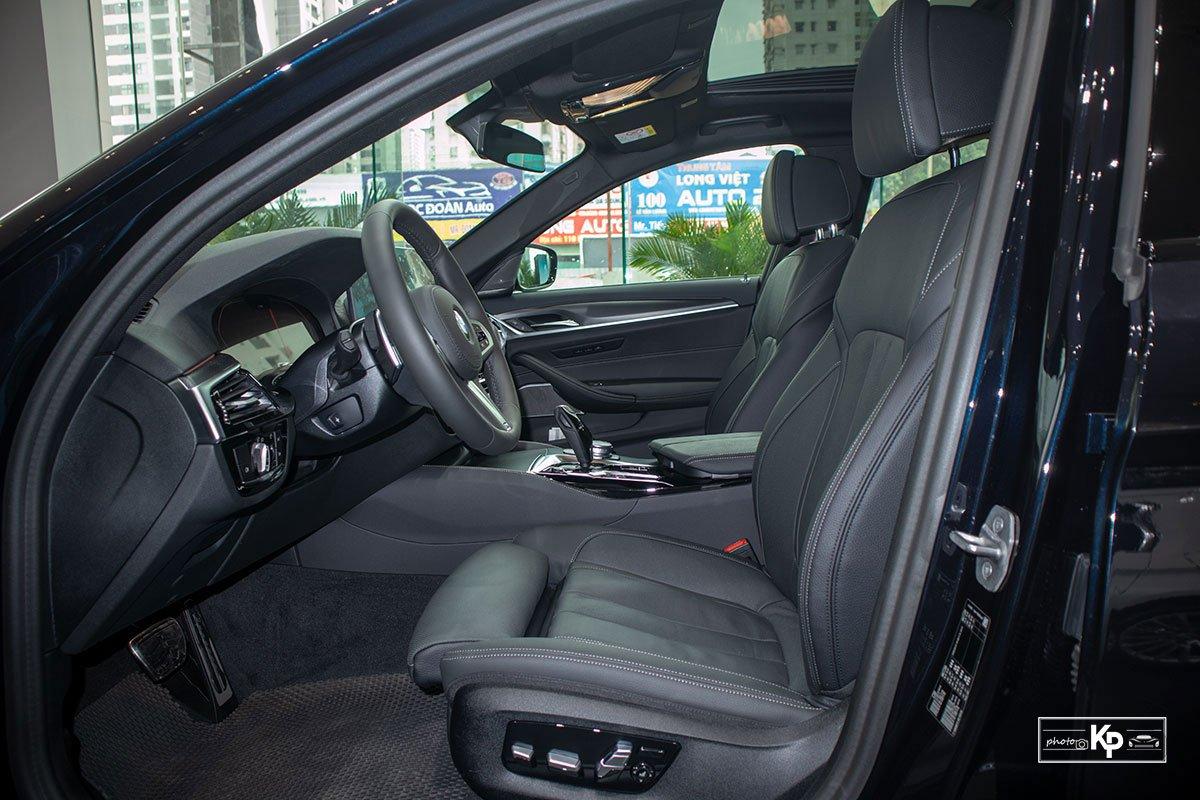 Ảnh thực tế BMW 530i M-Sport 2021 tại đại lý Việt Nam, giá gần 3,3 tỷ đồng a20