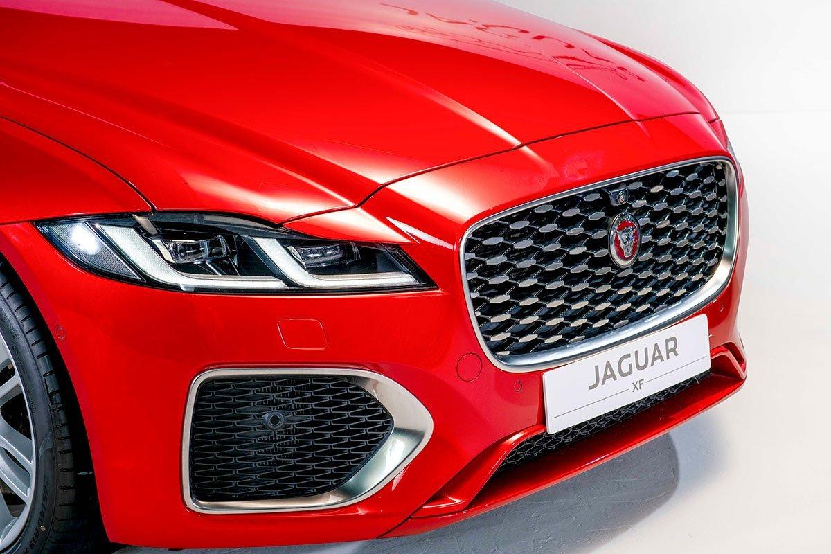 động cơ Jaguar XF.