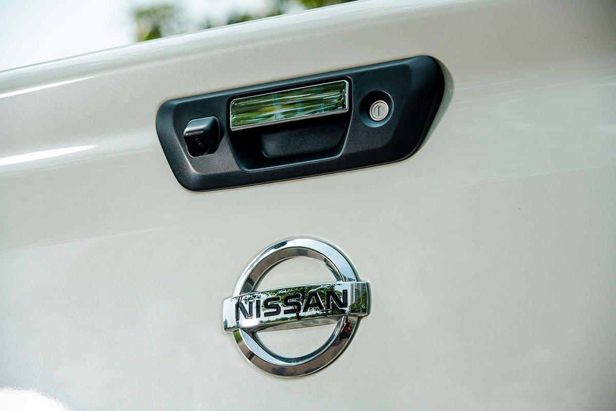 Chốt giá 895 triệu đồng, Nissan Navara 4WD 2021 có gì đấu Ford Ranger?a22
