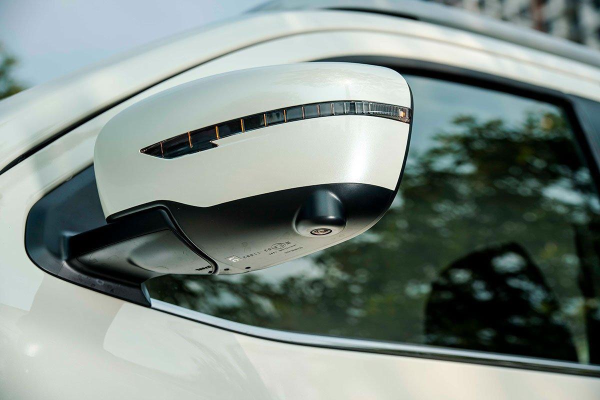 Chốt giá 895 triệu đồng, Nissan Navara 4WD 2021 có gì đấu Ford Ranger?a16