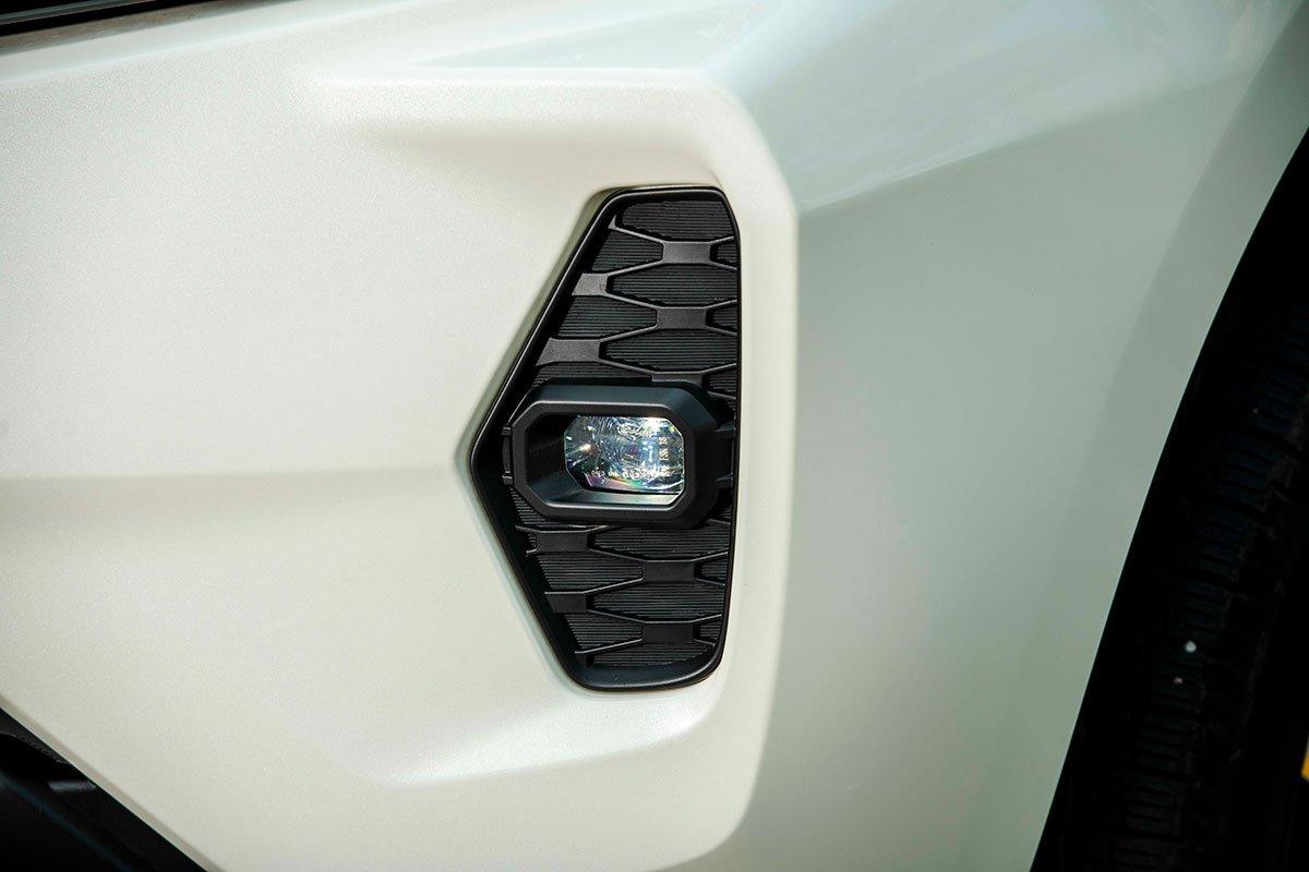 Chốt giá 895 triệu đồng, Nissan Navara 4WD 2021 có gì đấu Ford Ranger?a9