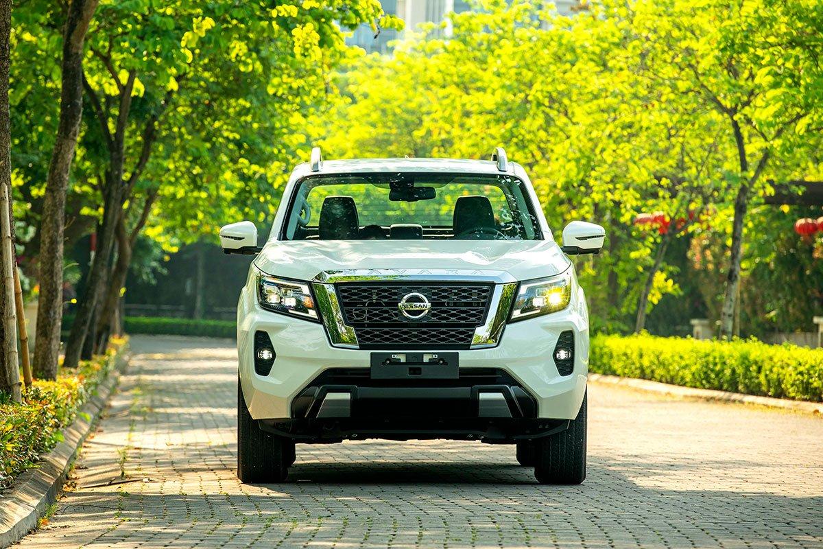 Chốt giá 895 triệu đồng, Nissan Navara 4WD 2021 có gì đấu Ford Ranger?a5