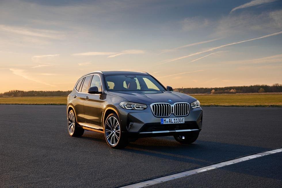 BMW X3 và X4 2022 trình làng với nhiều thay đổi hấp dẫn.