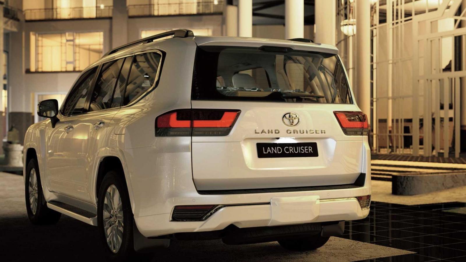 Toyota Land Cruiser 2022 mạnh mẽ hơn, hứa hẹn mang đến hiệu suất nhiên liệu cải tiến.