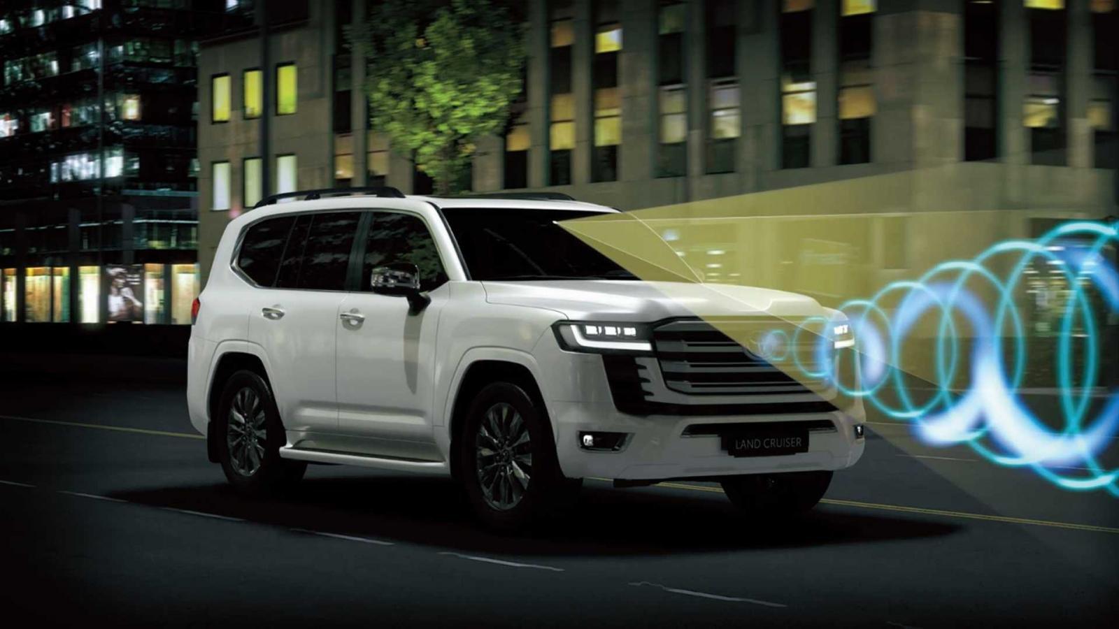 Toyota Land Cruiser 2022 trang bị an toàn toàn diện.