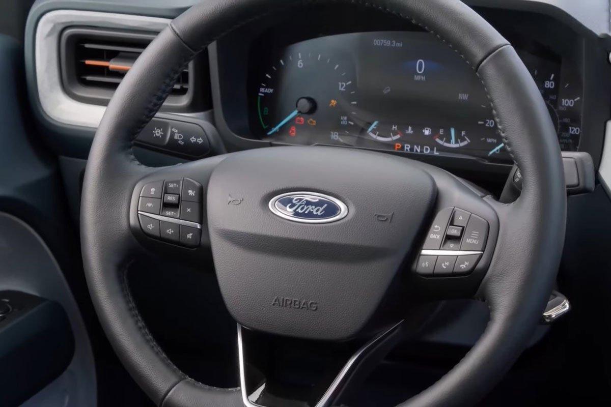 Ảnh Vô-lăng xe Ford Maverick 2022