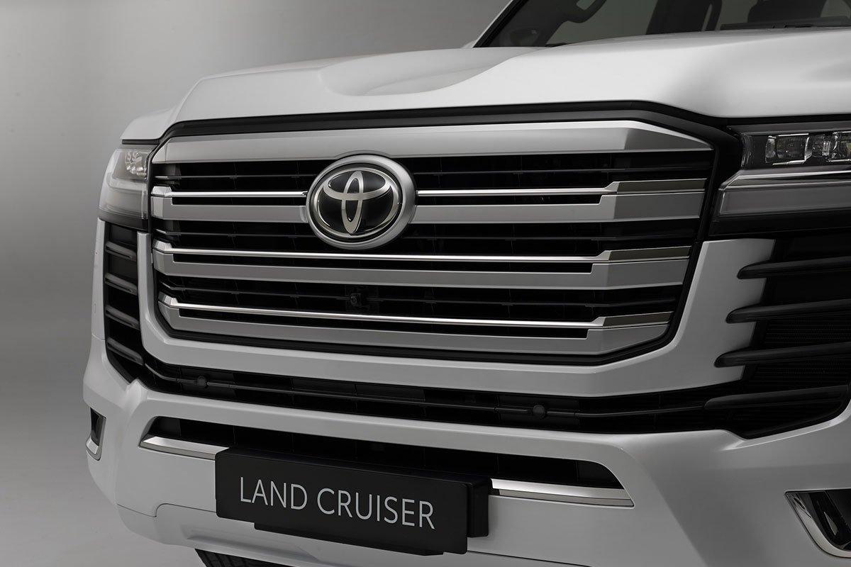 Toyota Land Cruiser 2022 ra mắt, thay đổi cách mạng, đại lý Việt Nam đã nhận cọc giao xe tháng 9 năm nay a9