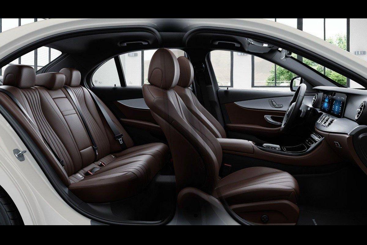 Nội thất Mercedes-Benz E180 2021.1.