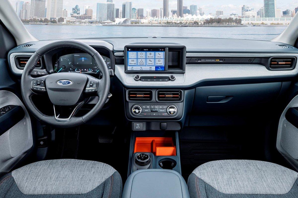 Nội thất của Ford Maverick 2022.