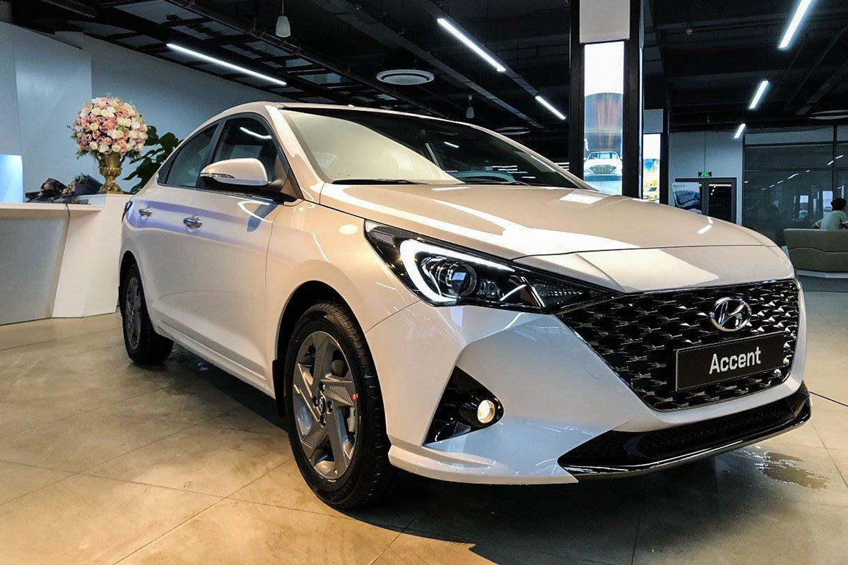 Lượng tiêu thụ của Hyundai Accent cũng giảm mạnh so với tháng trước đó