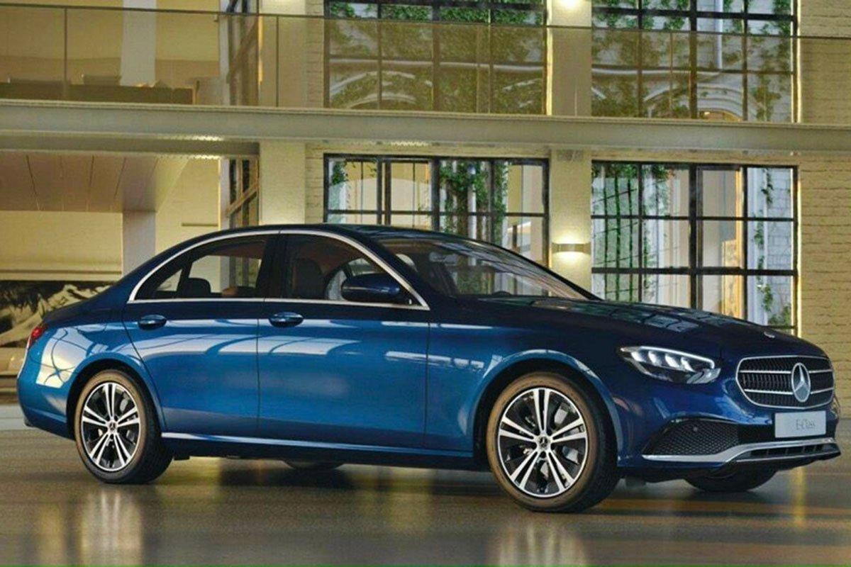 Khác biệt lớn nhất của Mercedes-Benz E180 2021 so với các phiên bản khác là khối động cơ tăng áp 4 xi-lanh 1.5 lít.