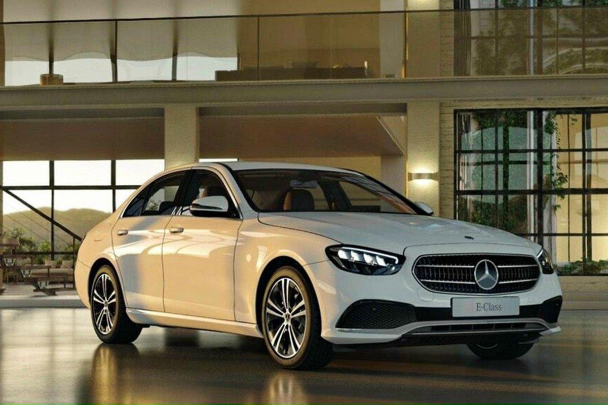 Mercedes-Benz E 180 2021 có 4 màu sơn ngoại thất xe.