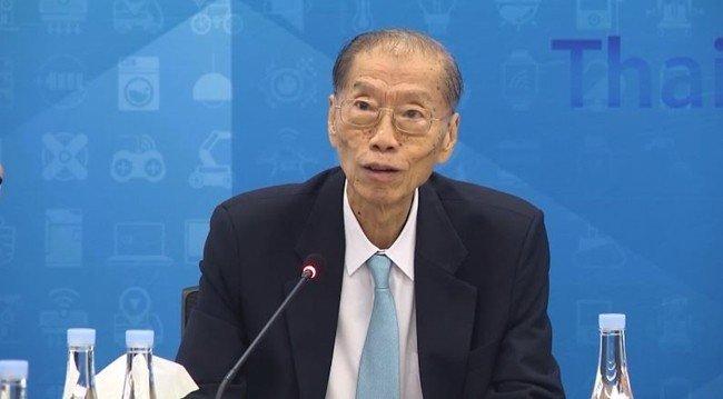 Ông Surapong Paisitpatanapong vẫn chưa thể dự đoán thiệt hại từ việc giảm nhập khẩu xe .