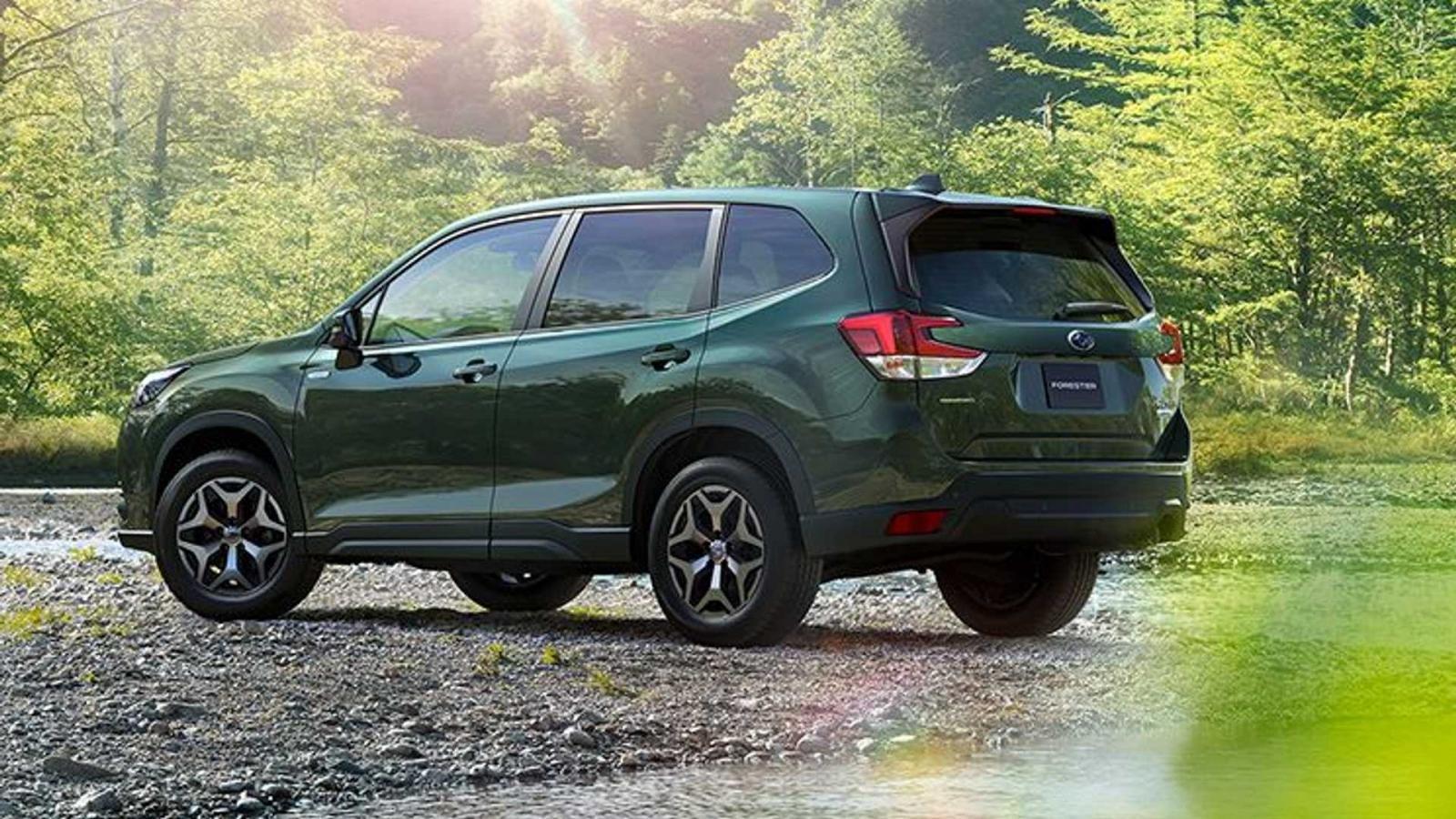 Subaru Forester 2022 bảo toàn thiết kế quen thuộc.