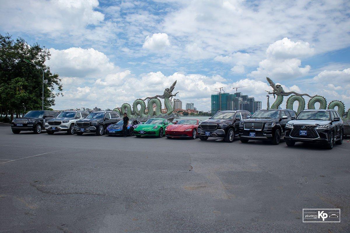 Dubai thu nhỏ với dàn siêu xe hơn trăm tỷ tại Hà Nội cổ vũ ĐTVN trước giờ xung trận đấu UAE A6
