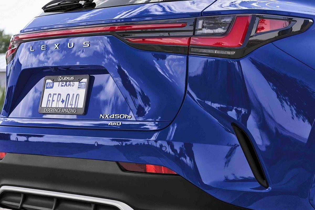 Ảnh Đèn hậu xe Lexus NX 2022