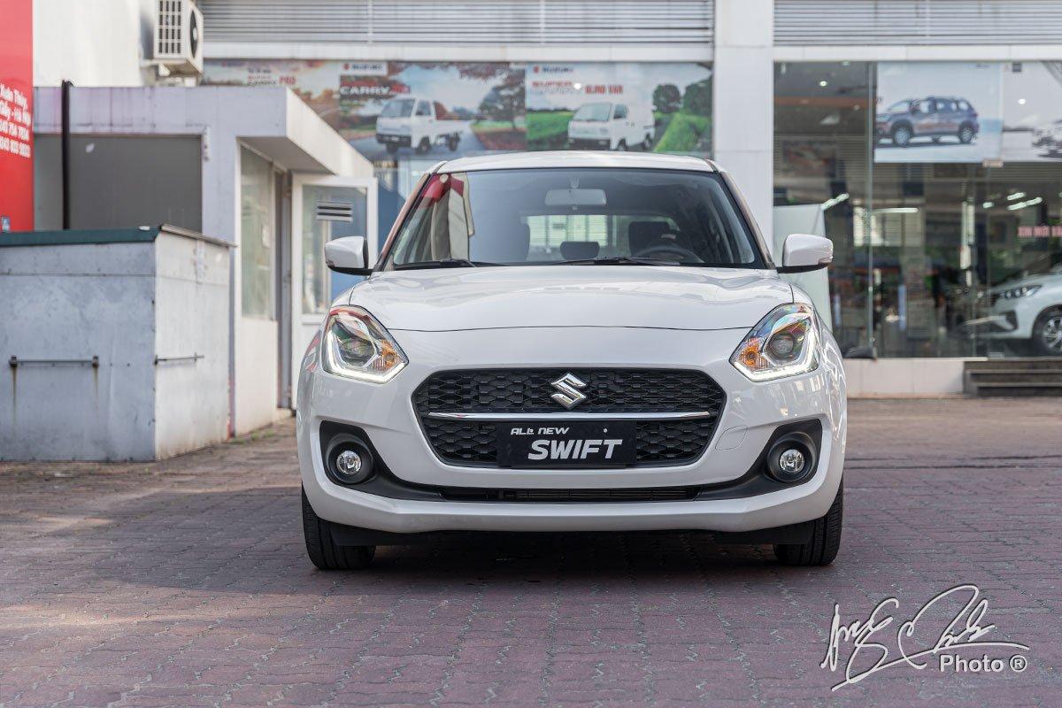 Ảnh đầu xe Suzuki Swift 2021