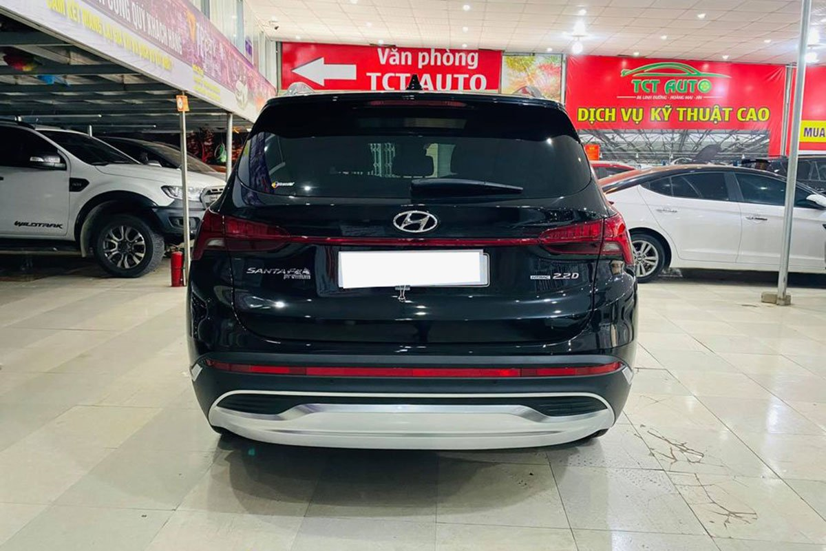 Hyundai Santa Fe 2021 đầu tiên lên sàn xe cũ, chạy lướt 200 km, đắt hơn giá niêm yết gần 100 triệu đồng a3
