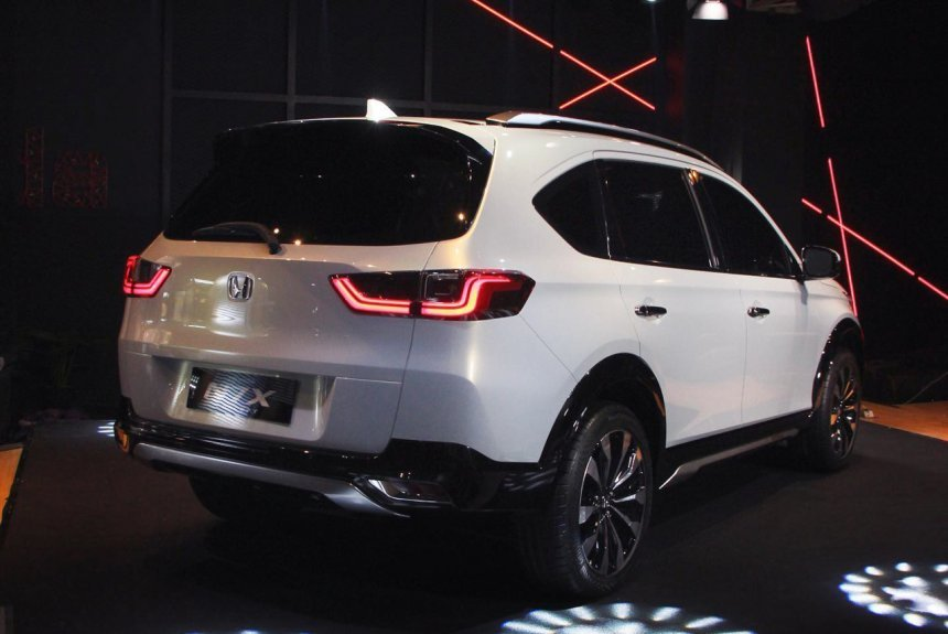 Honda BR-V 2022 thế hệ mới có thể tích hợp sẵn Honda Sensing kèm theo nhiều tính năng hiện đại.