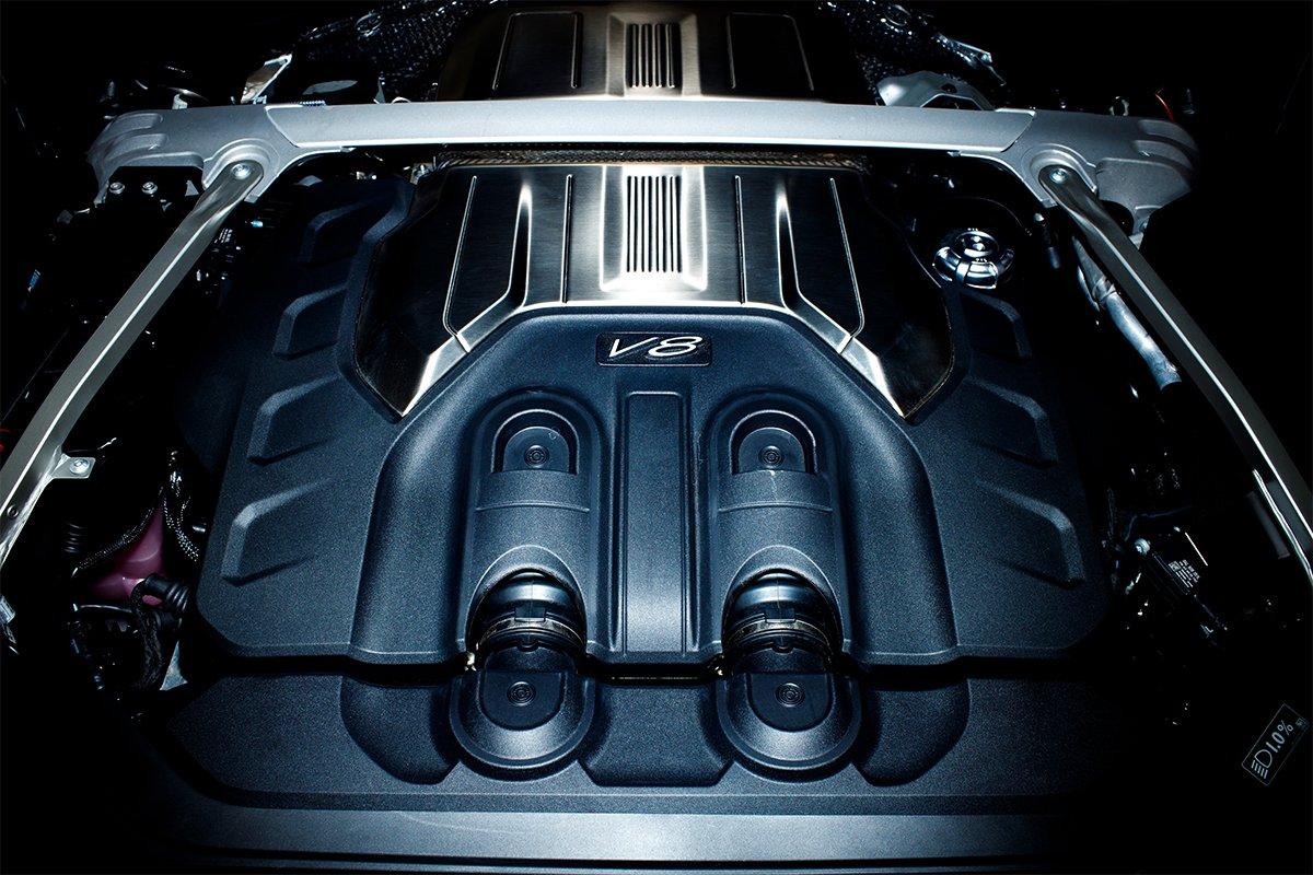 Động cơ mới nhẹ hơn 100kg và tiết kiệm hơn 16% nhiên liệu.