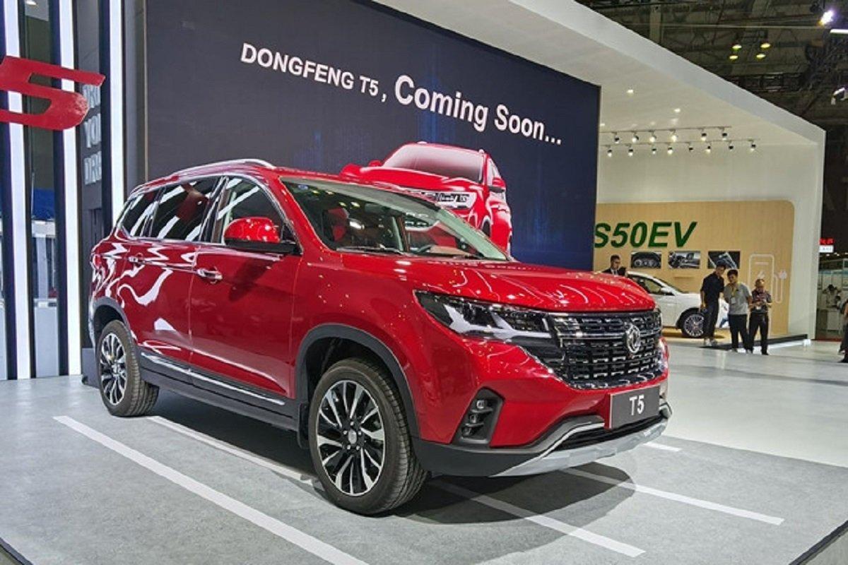 Đại lý ô tô tại Trung Quốc khan hàng vì thiếu chip sản xuất, xe trưng bày cũng bán sạch 1