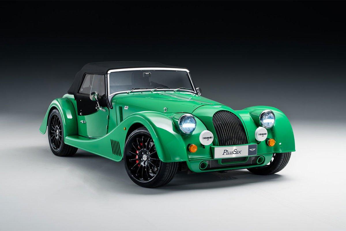 Morgan Plus Six có giá 84.995 bảng Anh.