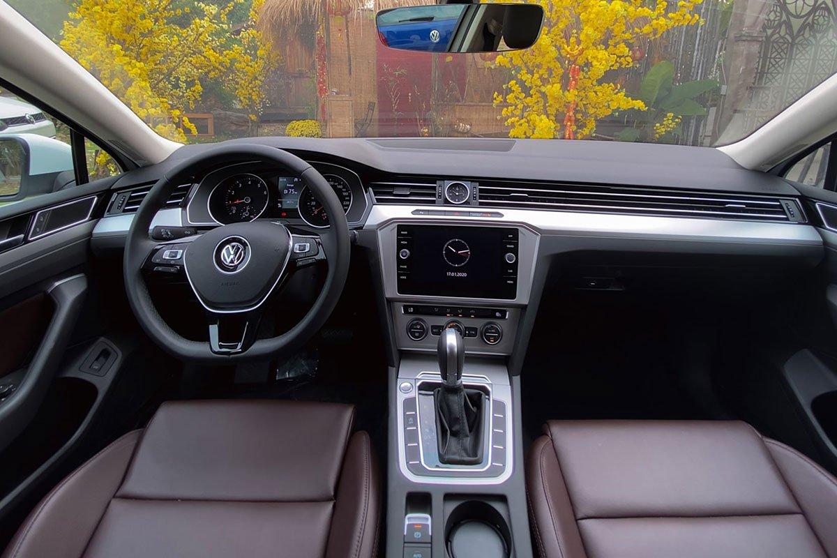 nội thất xe Volkswagen Passat