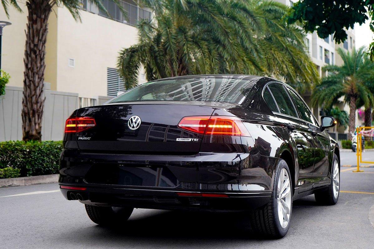 đuôi xe Volkswagen Passat