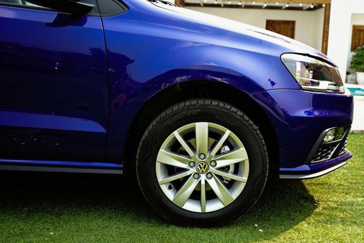 đầu xe Volkswagen Polo 2021.